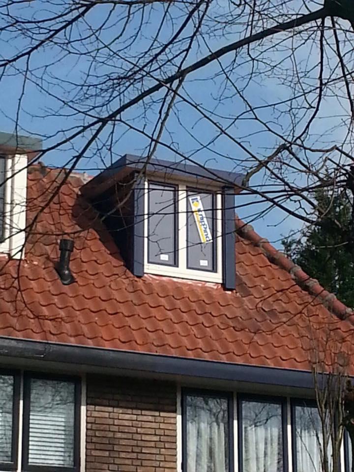Inmiddels hebben we de 5de dakkapel in deze mooie  straat te Zeist gemonteerd.