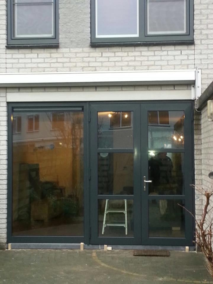 Na de eerste opdracht succesvol uitgevoerd te hebben nu openslaande deuren gemoneteerd te Utrecht.