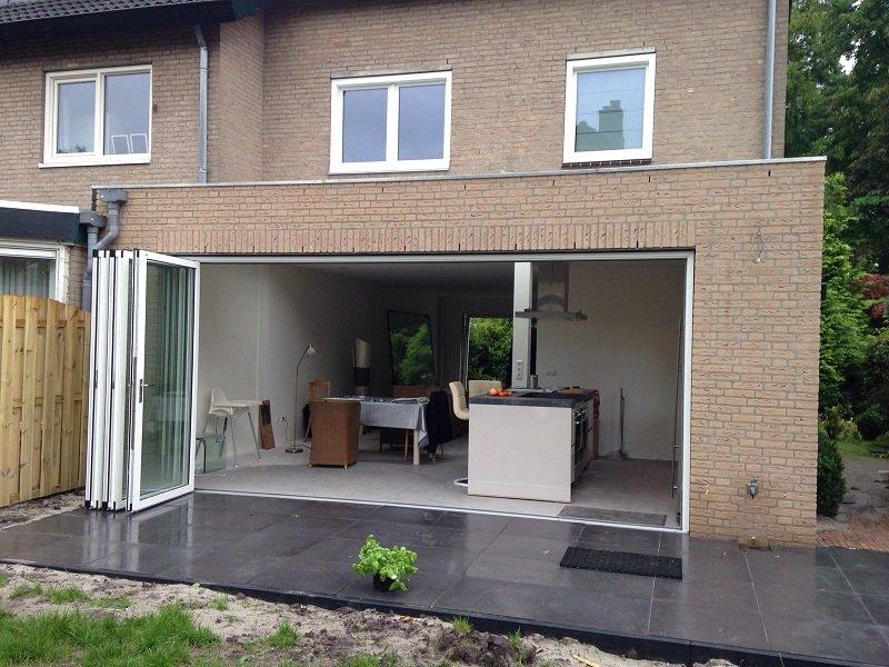 Solarlux vouwwand en kunststof kozijnen gemonteerd te Leusden.