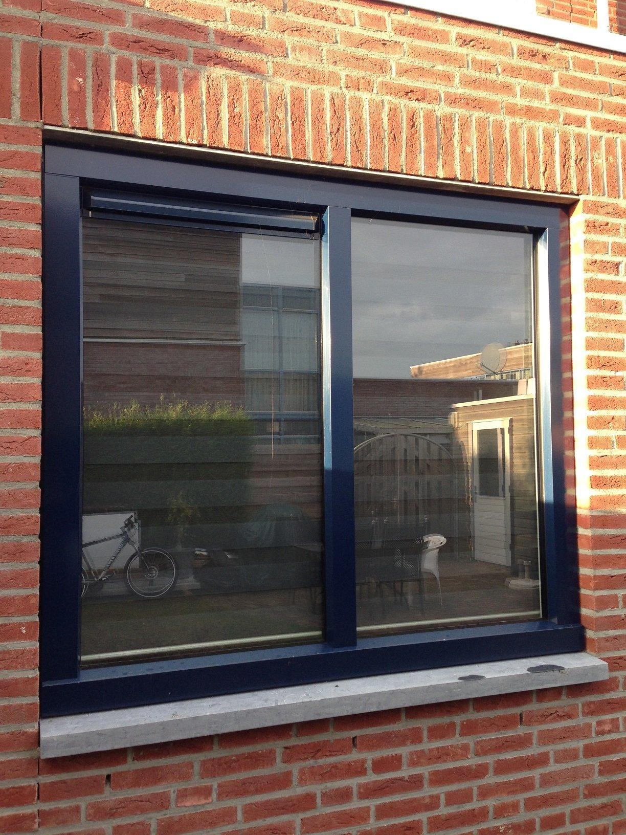 Knipping openslaande deuren en kozijn gemonteerd te Wijchen.