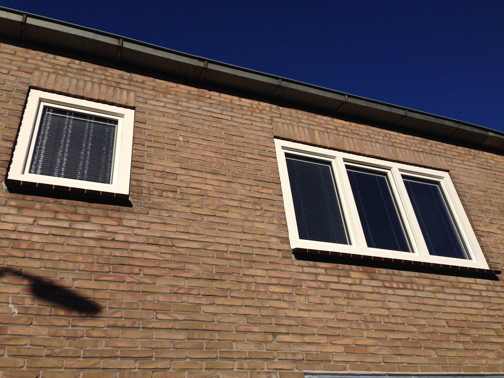 Knipping onderhoudsvrije kozijnen en voordeur gemonteerd te Odijk.